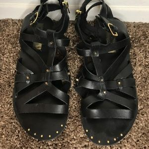 Steven Madden Black Sandals Gladiator w Gold Studs